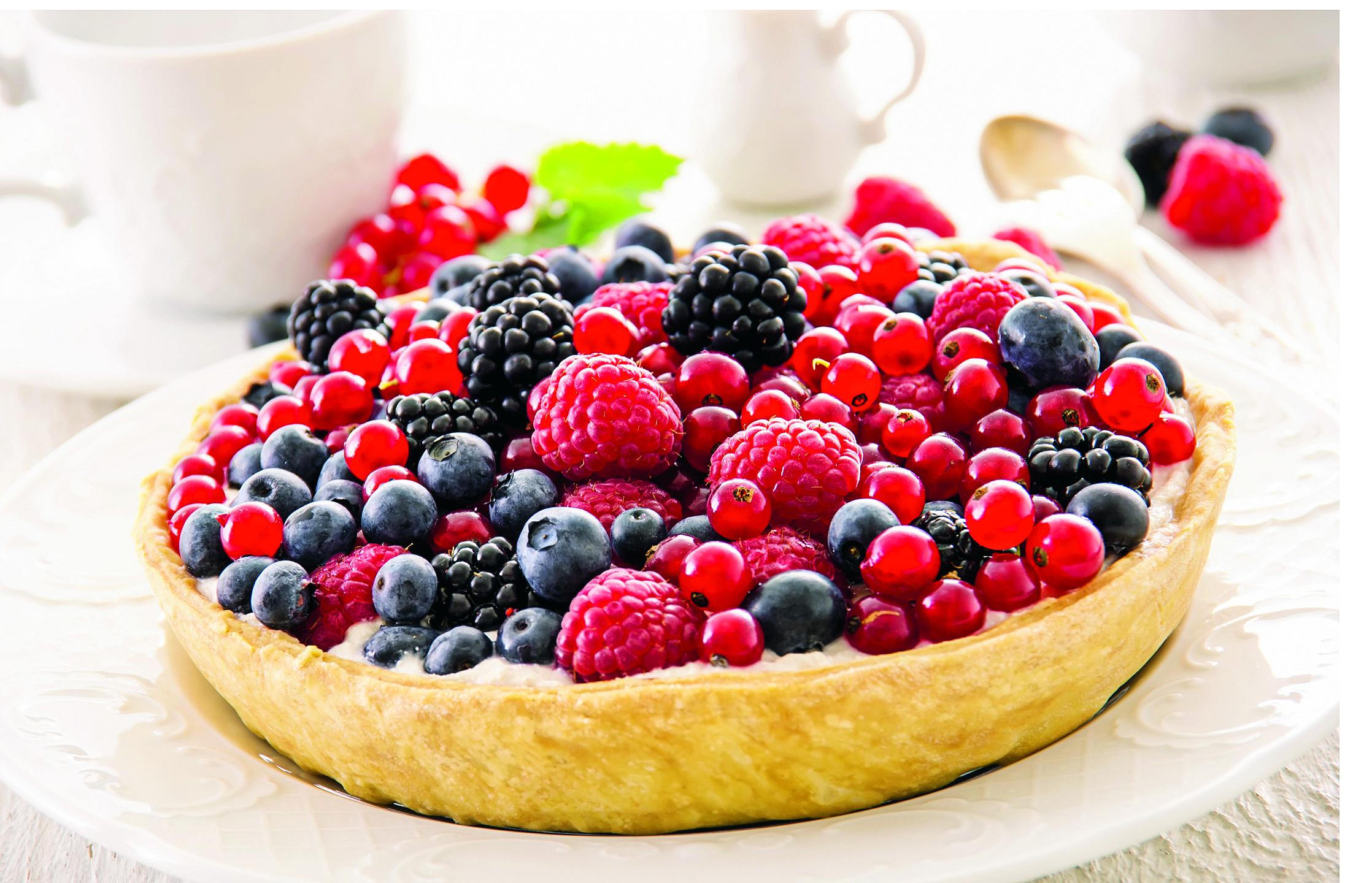 Мини-киш с ягодами