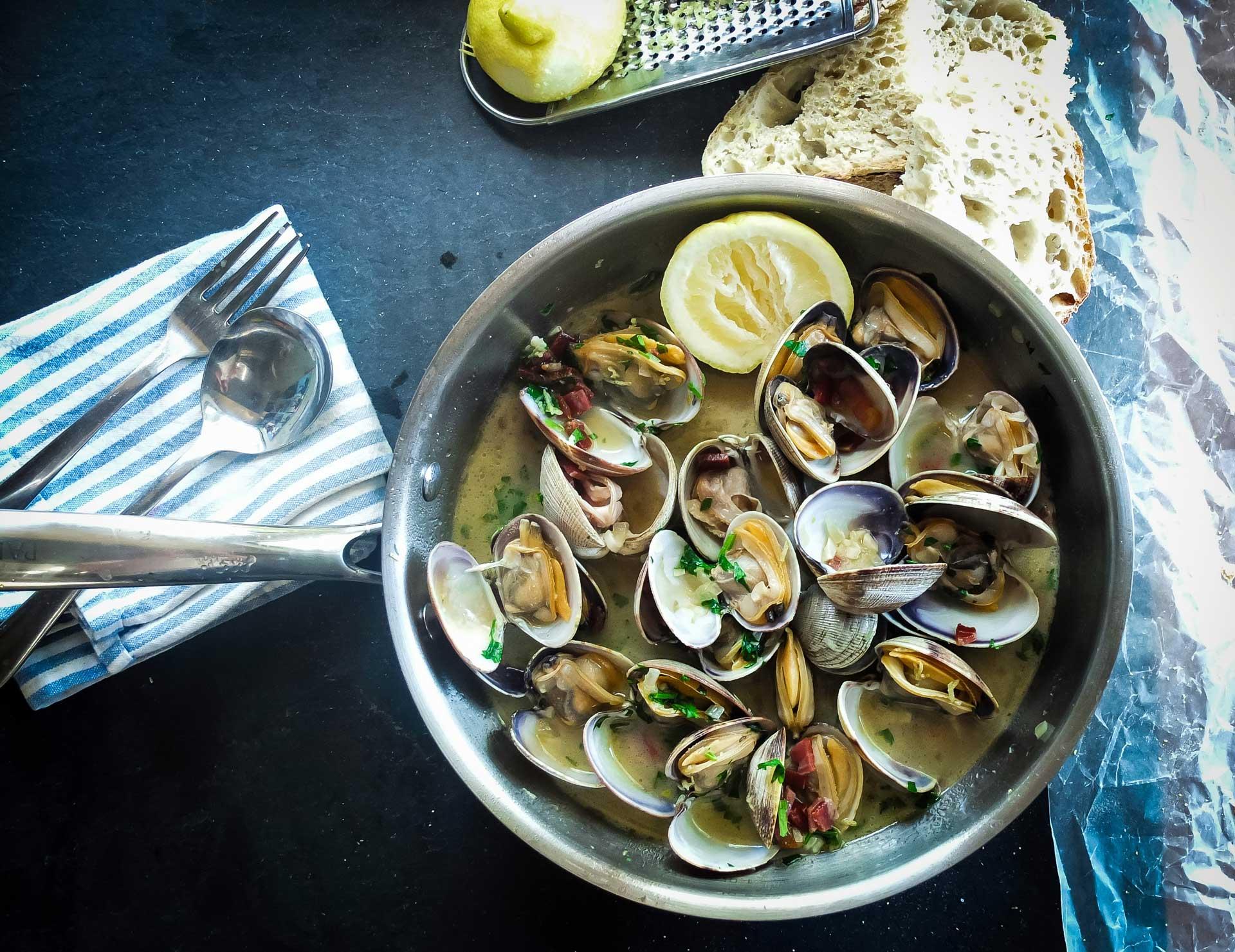 Филиппинский суп с моллюсками