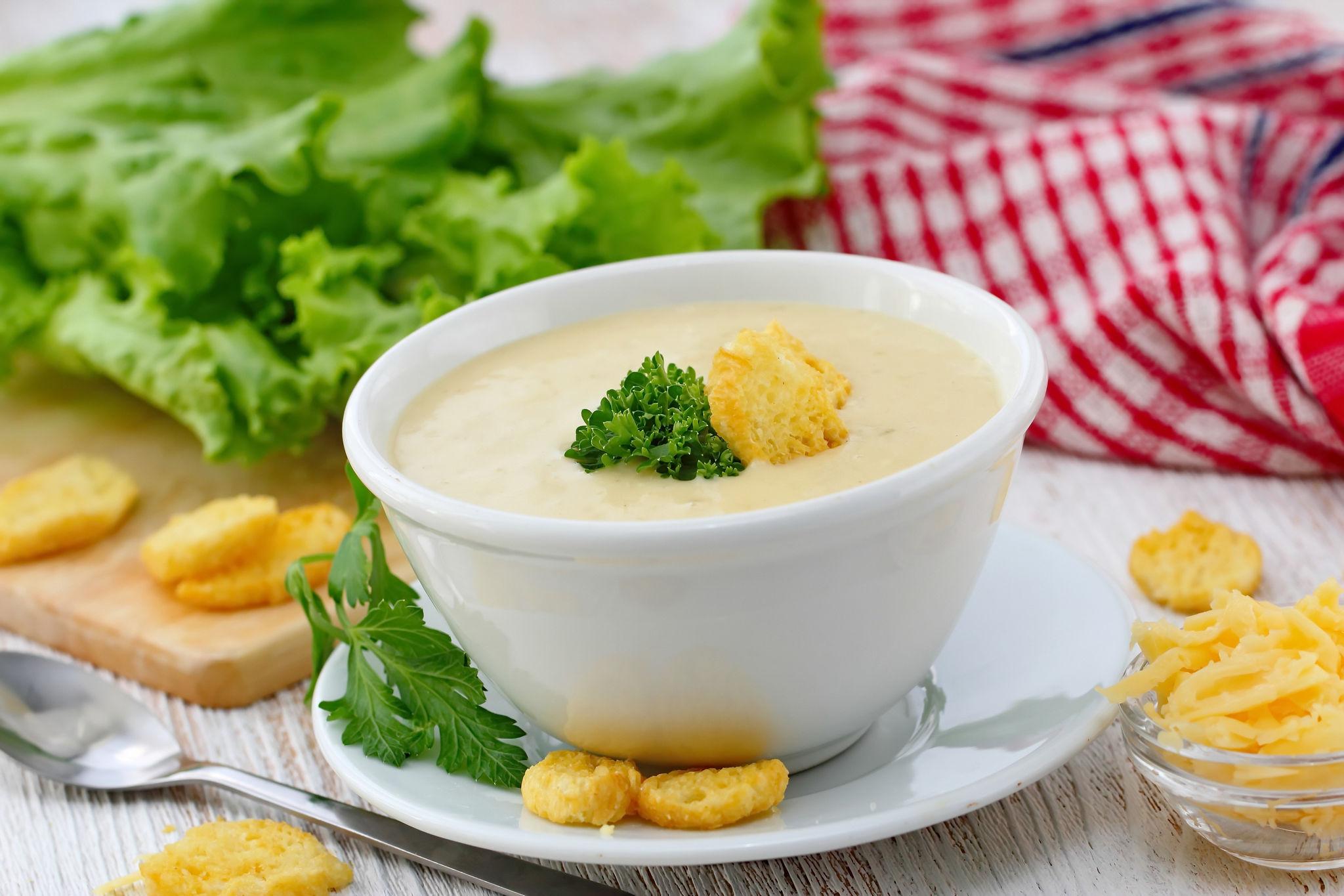 Куриный крем-суп с крутонами