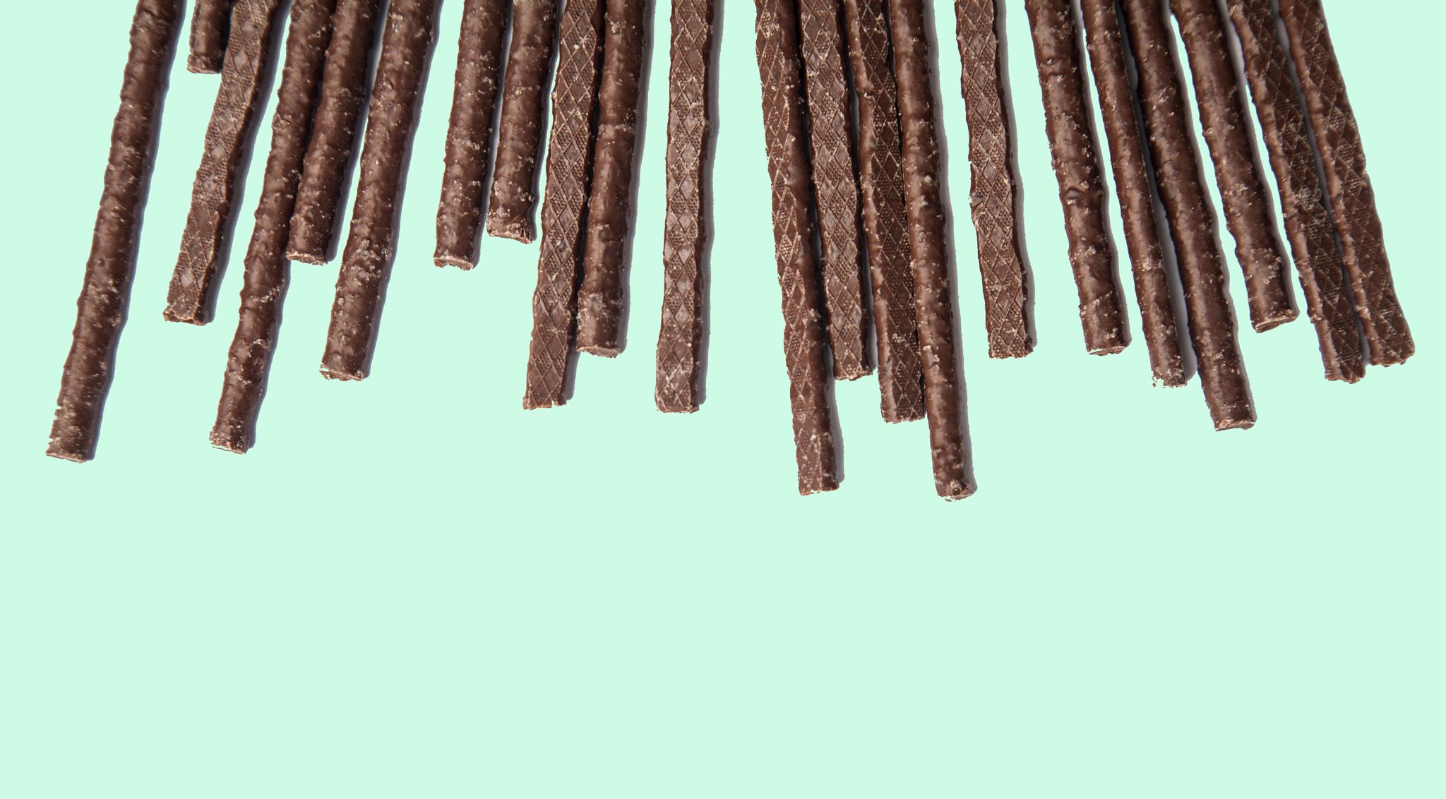 Конфеты «Свит энд Джой» (соломка из шоколада с мятой)