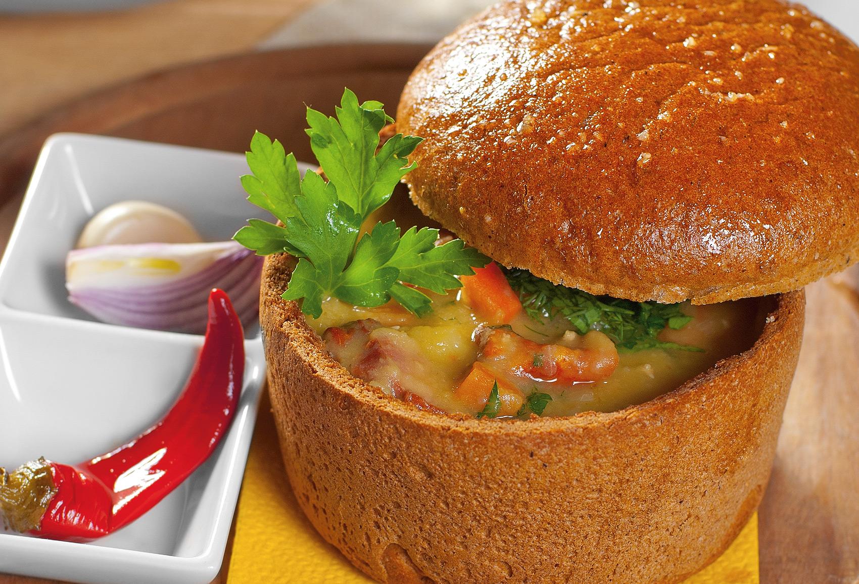 Гороховый суп в хлебушке