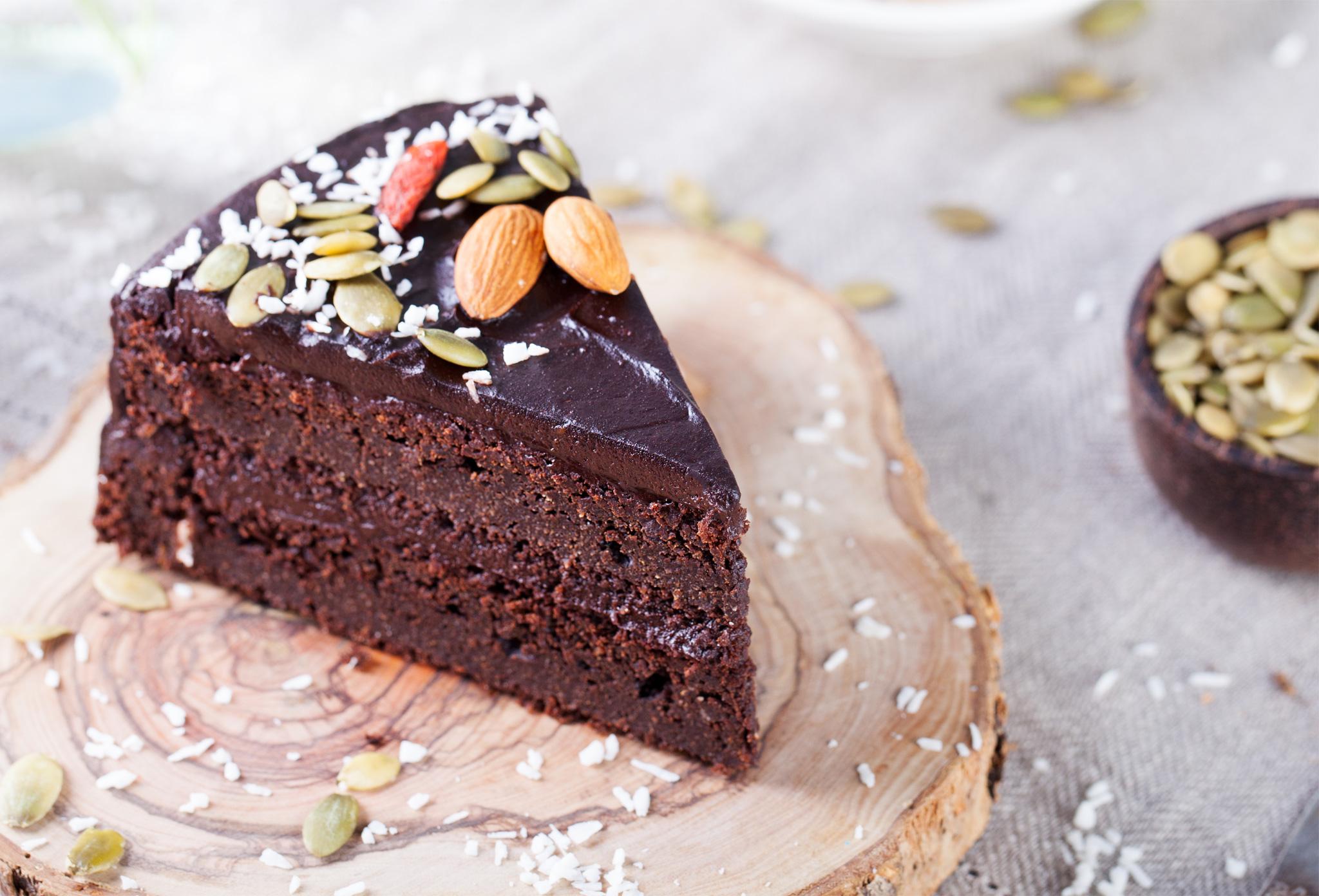 Кокосово-шоколадный торт без выпечки