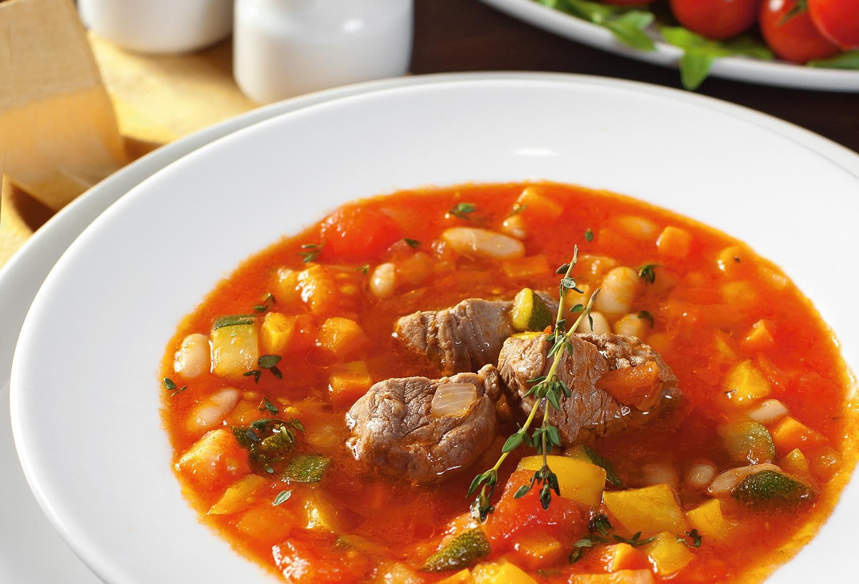 Томатный суп с телятиной болидо