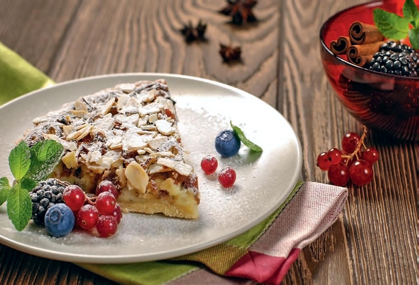 Итальянский пирог с финиками и сыром маскарпоне
