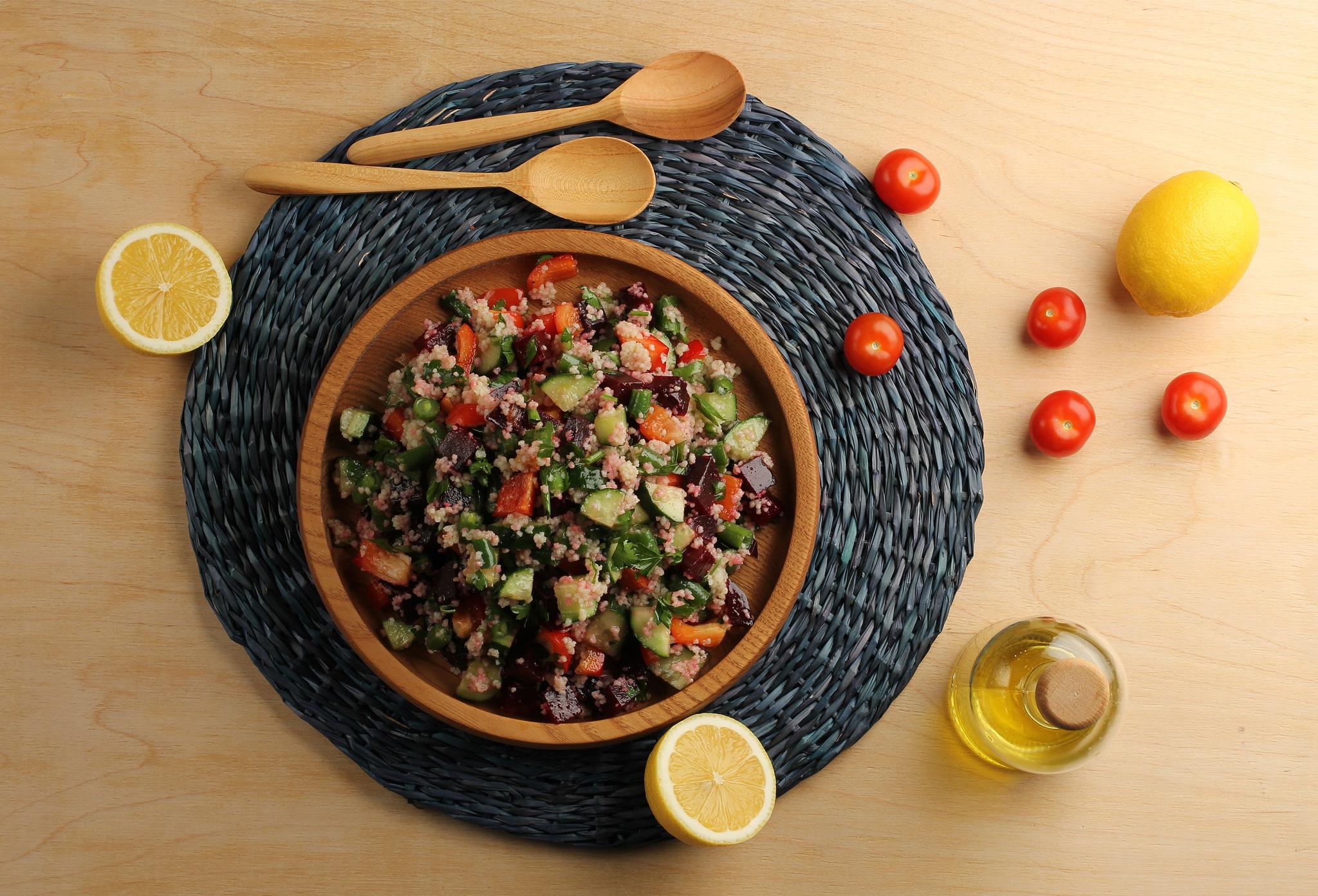Салат из свеклы, стручковой фасоли и кускуса