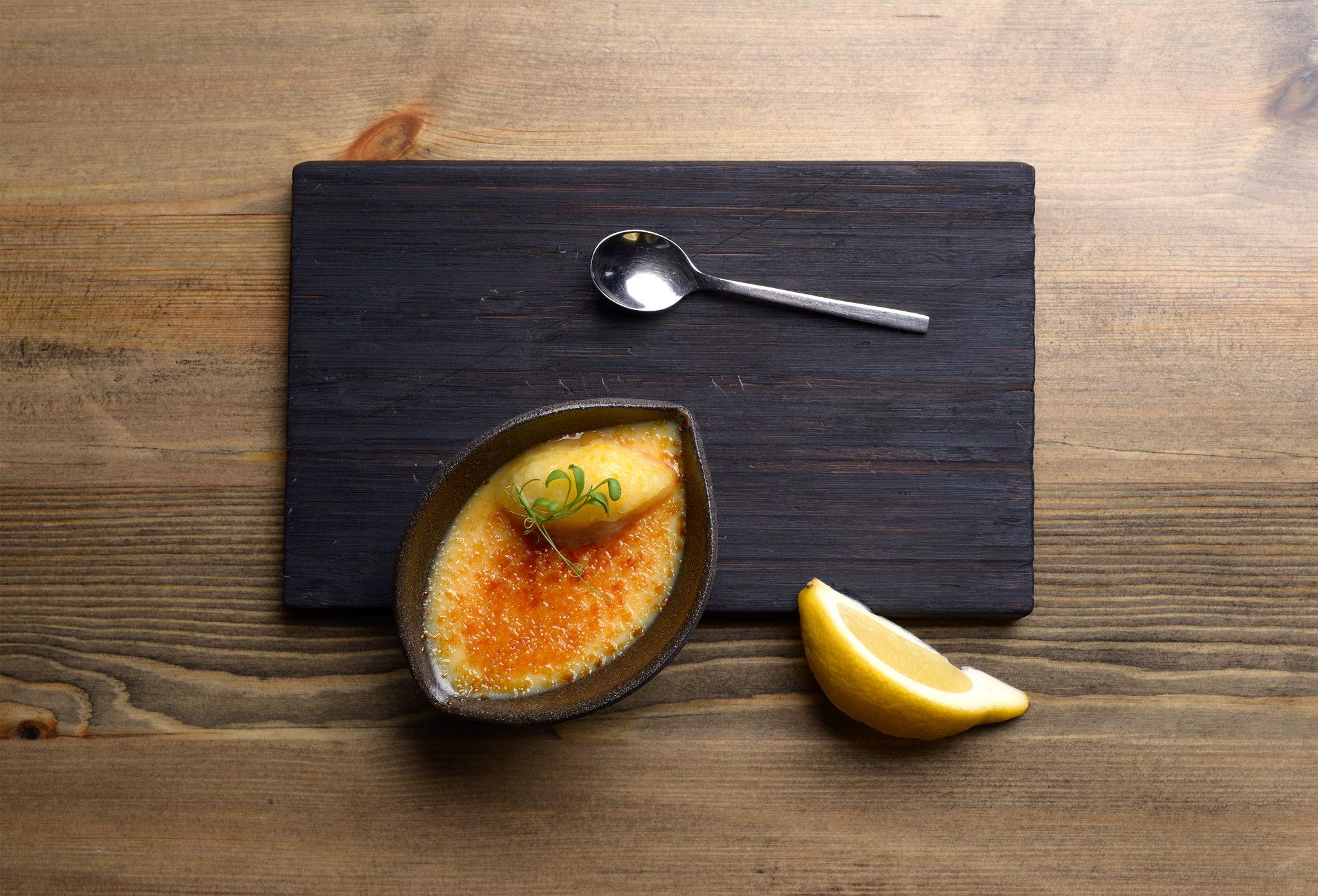 Крем-брюле с лимонным сорбетом