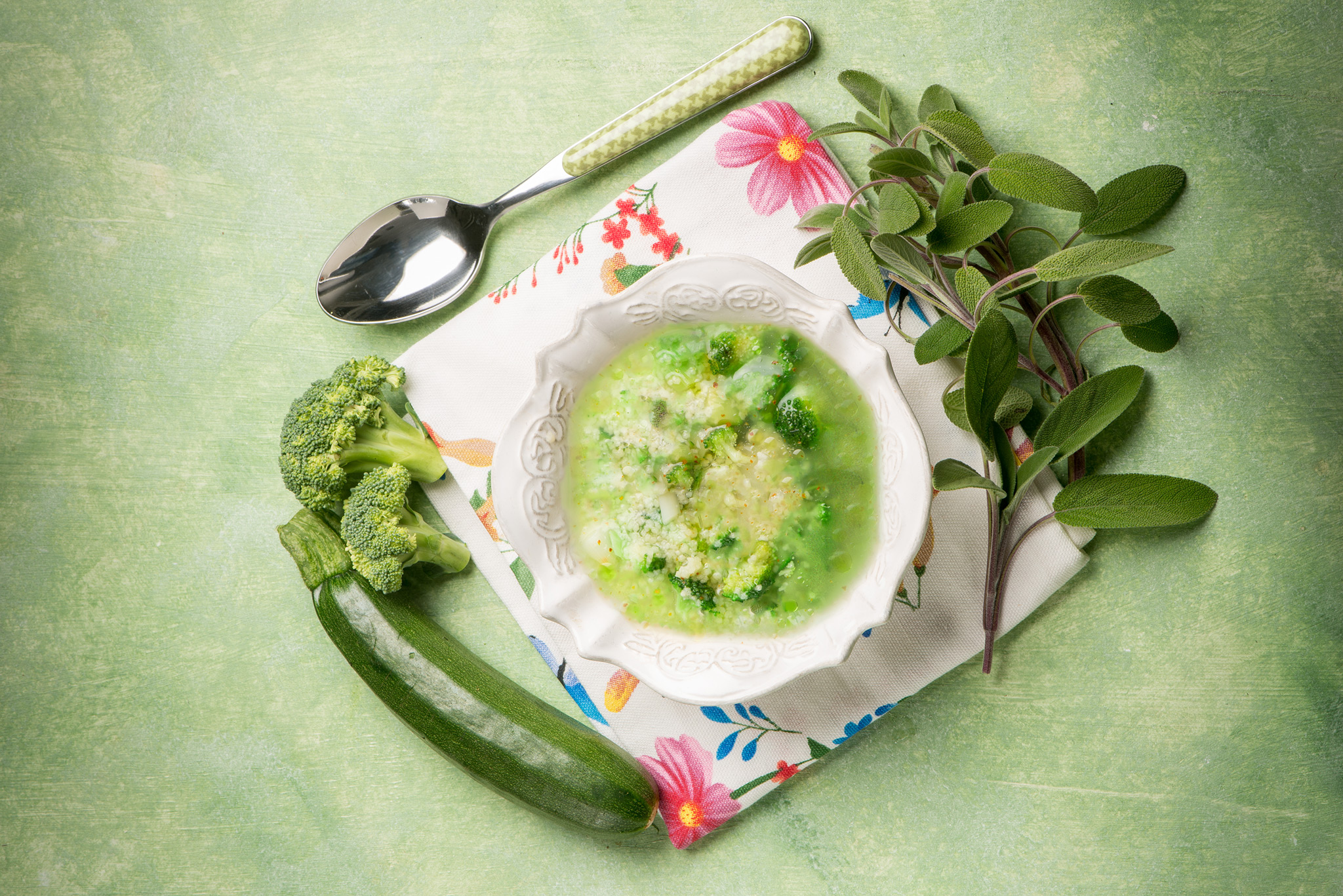 Суп из брокколи с кускусом
