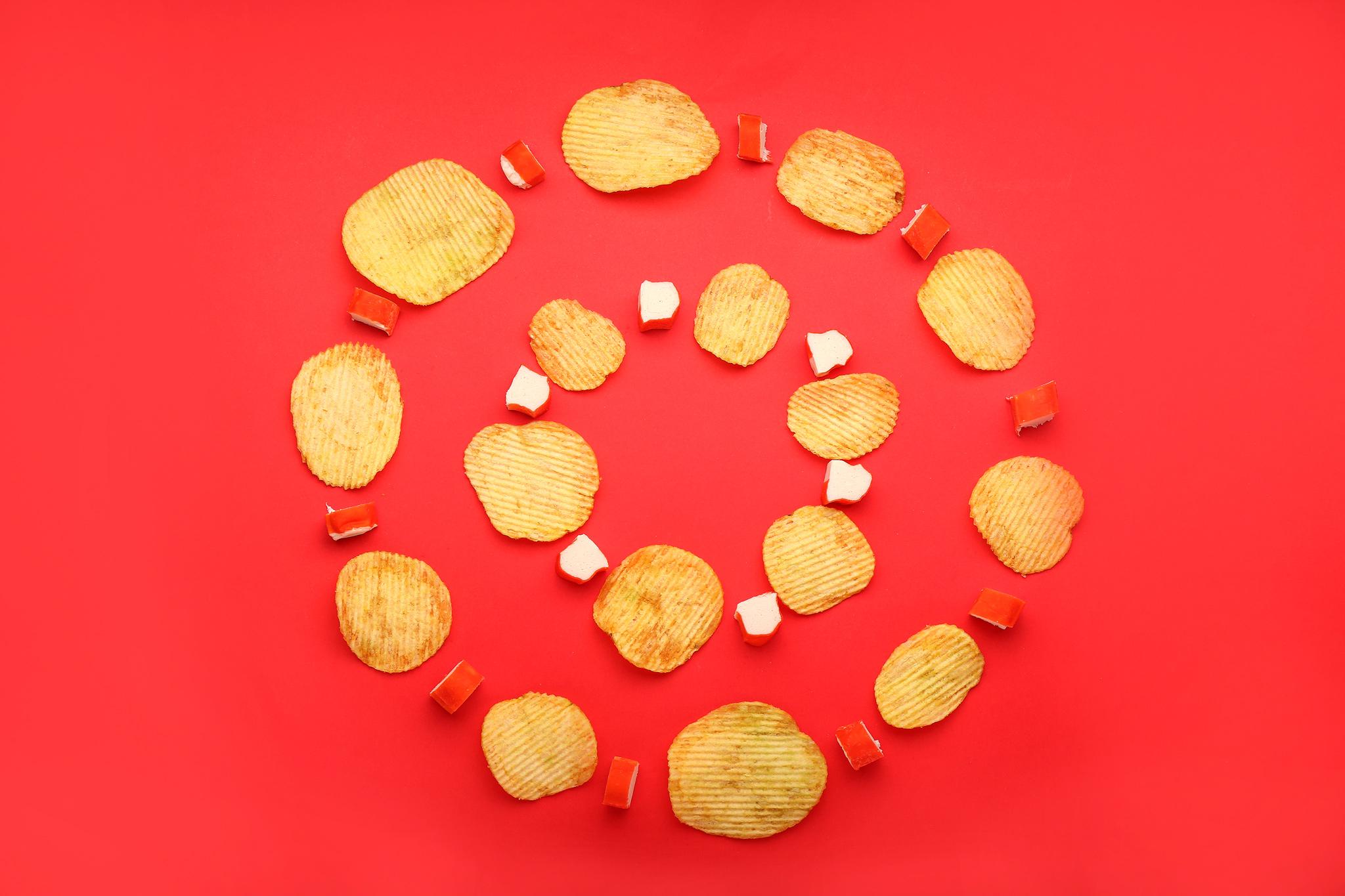 Мильфей из чипсов с крабовыми палочками