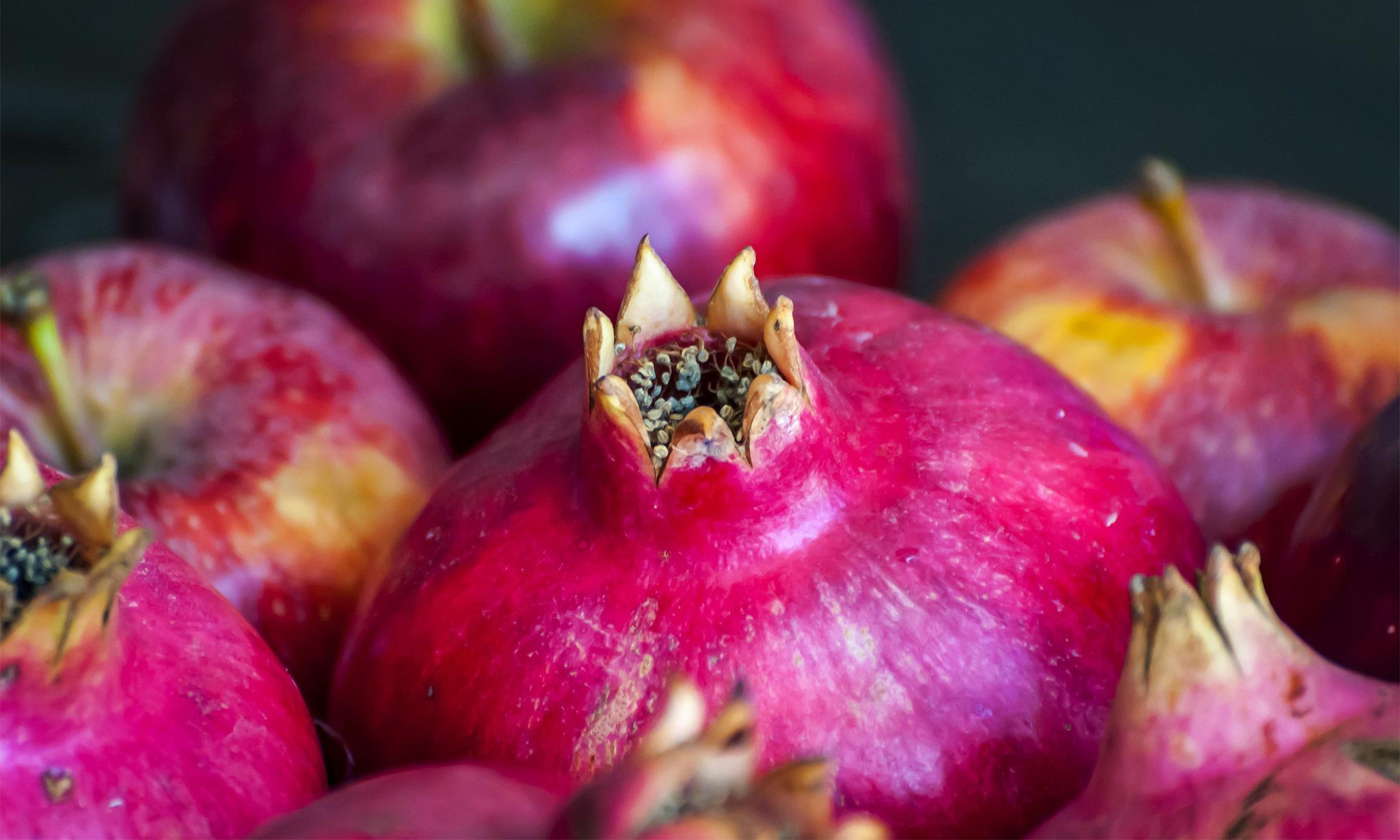 Яблоки моченые в гранатовом соке
