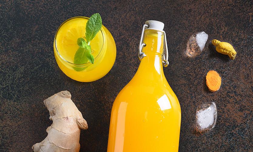 Imbirnyi limonad s limonom